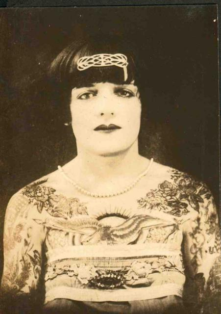 Tattooed Lady - 1905